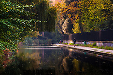 2014-11-05 UK weather: Morning sunshine greets Little Venice and Regents Park