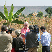 July, 15, 2006 -President Clinton gives an interview with CNN after talking with local farmers about their agricultural problems in Rwanda. Agriculture is part of the Clinton Hunter Development Initiative.Photo by Evelyn Hockstein