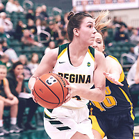 4th year guard, Avery Pearce (4) of the Regina Cougars during the Women's Basketball Home Game on Fri Nov 02 at Centre for Kinesiology,Health and Sport. Credit: Arthur Ward/Arthur Images