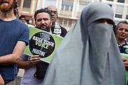 Frankfurt am Main | 26 July 2014<br /> <br /> Am Samstag (26.07.2014) demonstrierten etwa 500 Menschen auf dem R&ouml;merberg in Frankfurt am Main f&uuml;r Frieden in Pal&auml;stina / Gaza und f&uuml;r ein sofortiges Ende der israelischen Milit&auml;reins&auml;tze dort.<br /> Hier: Ein Mann h&auml;lt ein Plakat mit der Aufschrift &quot;Raise Your Voice Palestine&quot;.<br /> <br /> &copy;peter-juelich.com<br /> <br /> FOTO HONORARPFLICHTIG!<br /> <br /> [No Model Release | No Property Release]