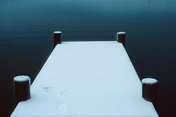 SWEDEN FJALLBACKA JAN04 - A snow-covered pier in Fjallbacka bay.. . jre/Photo by Jiri Rezac. . © Jiri Rezac 2004. . Contact: +44 (0) 7050 110 417. Mobile:  +44 (0) 7801 337 683. Office:  +44 (0) 20 8968 9635. . Email:   jiri@jirirezac.com. Web:    www.jirirezac.com.