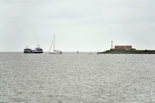 Nederland, the netherlands,Kornwerderzand, 15-6-2018Bij de Lorentzsluis in het IJsselmeer.Foto: Flip Franssen