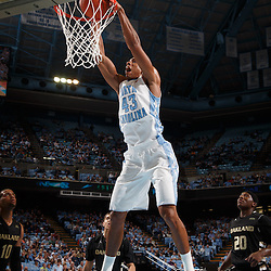 2013-11-08 Oakland vs. North Carolina Basketball