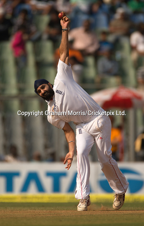 Monty Panesar bowls during the second Test Match between India and England at the Wankhede Stadium, Mumbai. Photograph: Graham Morris/cricketpix.com (Tel: +44 (0)20 8969 4192; Email: sales@cricketpix.com) Ref. No. 12576m58  25/11/12