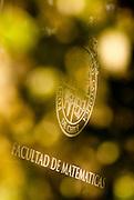 Edificio, Fachadas y Rincones de la Facultad de Matematicas de la Pontificia Universidad Catolica. (©Alvaro de la Fuente/TRIPLE)
