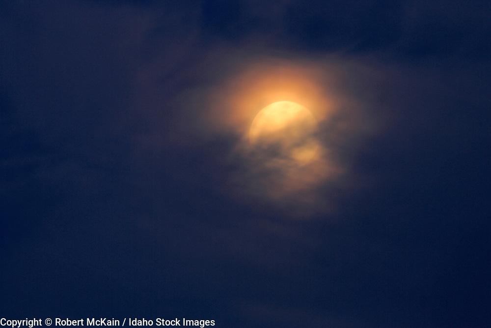 IDAHO. Boise. Full moon in clouds. #ln06003