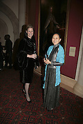 Susan Boster and May Busch, Morgan Stanley Great Briton 2006. The Guildhall. Basinghall st. London. 18 January 2006. h by Dafydd Jones. 248 Clapham Rd. London SW9 0PZ. Tel 0207 820 0771. www.dafjones.com.