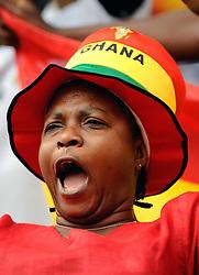 Ghana female fan