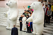 Pope Francis poses next to Liana Orfei  and members of Golden Circus at the end of his weekly general audience in Paul Vi Hall - Vatican on December 27, 2017.