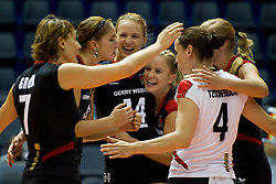 24.09.2011, Hala Pionir, Belgrad, SRB, Europameisterschaft Volleyball Frauen, Vorrunde Pool A, Deutschland (GER) vs. Ukraine (UKR), im Bild Jubel Deutschland: Angelina Grün / Gruen (#7 GER / Aachen GER), Corina Ssuschke-Voigt (#9 GER / Sopot POL), Margareta Kozuch (#14 GER / Sopot POL), Kathleen Weiss (#2 GER), Kerstin Tzscherlich (#4 GER / Dresden GER), Maren Brinker (#15 GER / Pesaro ITA) // during the 2011 CEV European Championship, First round at Hala Pionir, Belgrade, SRB, 2011-09-24. EXPA Pictures © 2011, PhotoCredit: EXPA/ nph/  Kurth       ****** out of GER / CRO  / BEL ******