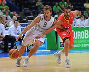 DESCRIZIONE : Vilnius Lithuania Lituania Eurobasket Men 2011 Second Round Germania Spagna Germany Spain<br /> GIOCATORE : Heiko Schaffartzik <br /> SQUADRA : Germania Germany<br /> EVENTO : Eurobasket Men 2011<br /> GARA : Germania Spagna Germany Spain<br /> DATA : 07/09/2011 <br /> CATEGORIA : palleggio<br /> SPORT : Pallacanestro <br /> AUTORE : Agenzia Ciamillo-Castoria/T.Wiendesohler<br /> Galleria : Eurobasket Men 2011 <br /> Fotonotizia : Vilnius Lithuania Lituania Eurobasket Men 2011 Second Round Germania Spagna Germany Spain<br /> Predefinita :