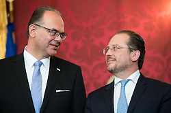 "03.06.2019, Präsidentschaftskanzlei, Wien, AUT, Angelobung der Übergangsregierung, im Bild Verkehrsminister Andreas Reichhardt und Außenminister Alexander Schallenberg // Austrian Transport Minister Andreas Reichhardt and Austrian Foreign Minister Alexander Schallenberg during inauguration of the provisional government after ""Ibiza Affair"" at Federal Presidents Office in Vienna, Austria on 2019/06/19, EXPA Pictures © 2019, PhotoCredit: EXPA/ Michael Gruber"