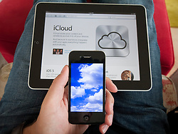 iCloud cloud computing simulation on an iPhone 4G smart phone