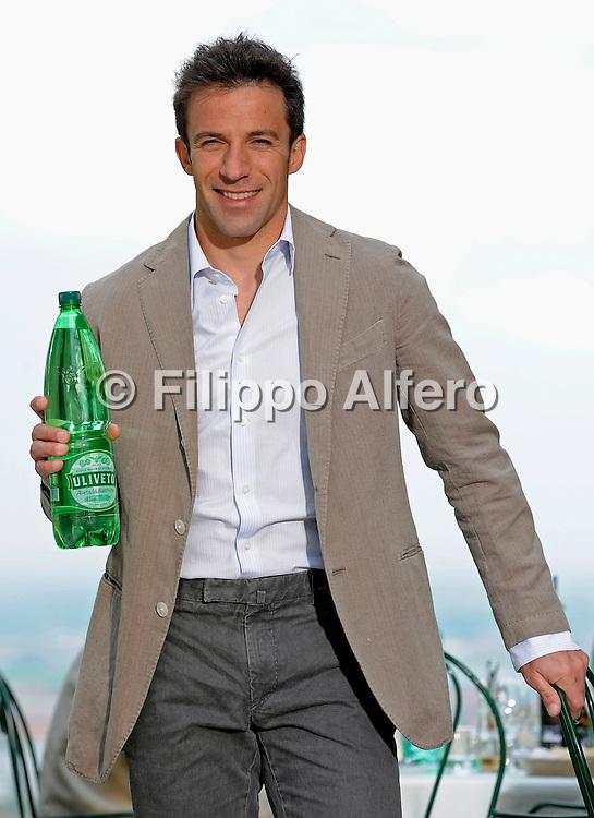 &copy; Filippo Alfero<br /> Backstage spot Uliveto Rocchetta Chiabotto Del Piero<br /> Piossasco (TO), 14/04/2011<br /> varie