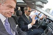 Foto di Donato Fasano Photoagency, nella foto : Bari - L'imprenditore Giampiero Tarantini, arrestato giovedì per le vicende legate alla droga e agli appalti nella sanità pugliese, esce dal carcere.  nella foto l'avvocato Nicola Quaranta