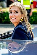 ZEVENAAR - Koningin Maxima tijdens de ondertekening van een convenant voor beter muziekonderwijs op scholen in haar rol als erevoorzitter van Meer Muziek in de Klas. ANP ROYAL IMAGES ROBIN UTRECHT **NETHERLANDS ONLY**