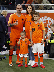 (L-R) Wesley Sneijder of Holland, Xess Xava, Yolanthe Sneijder-Cabau, Jessey Sneijder during the International friendly match match between The Netherlands and Peru at the Johan Cruijff Arena on September 06, 2018 in Amsterdam, The Netherlands