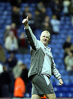 Photo: Mark Stephenson/Sportsbeat Images.<br /> West Bromwich Albion v Coventry City. Coca Cola Championship. 04/12/2007.Coventry's manager Ian Dowie thanks the fans