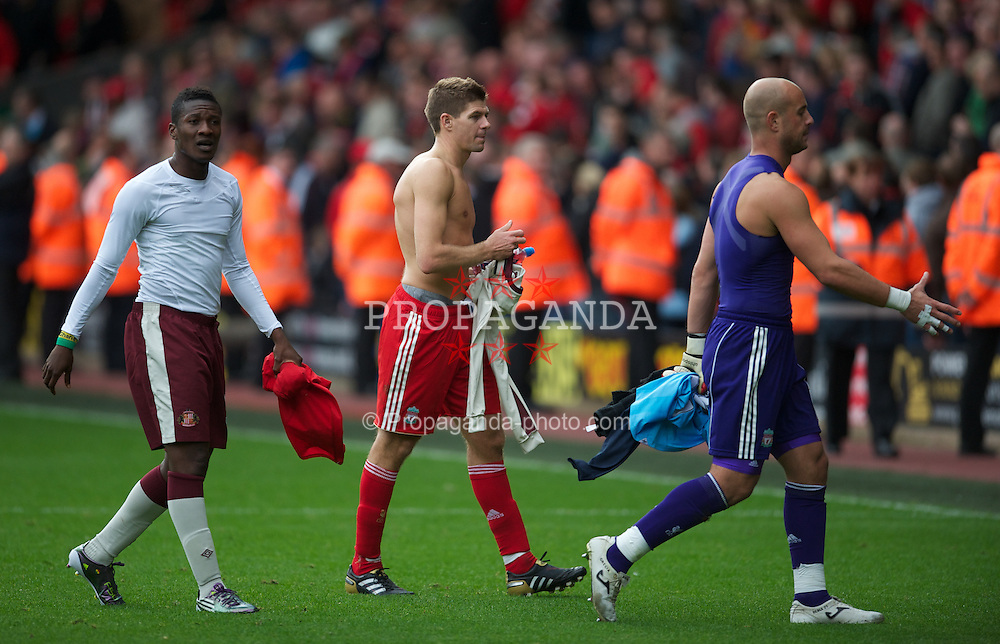 LIVERPOOL, ENGLAND - Saturday, September 25, 2010: Liverpool's captain Steven Gerrard MBE after a disappointing 2-2 draw against Sunderland during the Premiership match at Anfield. (Photo by David Rawcliffe/Propaganda)