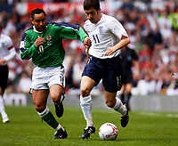 Fotball<br /> VM-kvalifisering<br /> England v Nord Irland<br /> 26. mars 2005<br /> Foto: Digitalsport<br /> NORWAY ONLY<br /> England's Joe Cole and Northern Ireland's Jeff Whitley