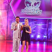 NLD/Hilversum/20130112 - 4e Liveshow Sterren Dansen op het IJs 2013, Gerard Joling en Tess Milne