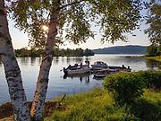 Den nye turstien som er anlagt ved nedre del av Nea, går blant annet forbi campingplassen, Marienborg Camping. Hvor mange har egen båt, og driver mye med fiske om sommeren.
