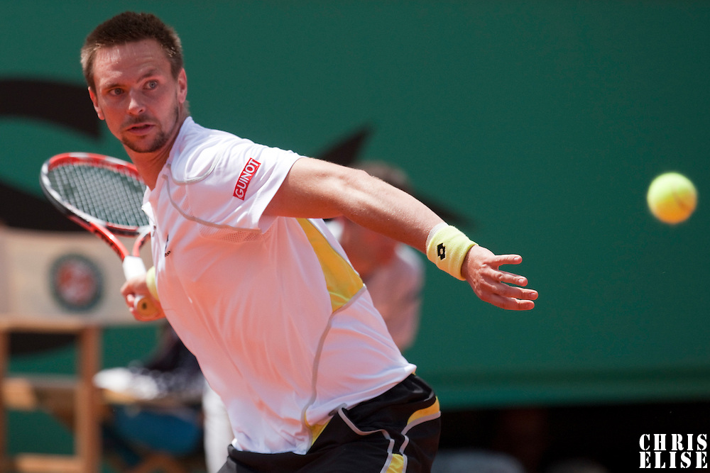 5 June 2009: Robin Soderling of Sweden eyes the ball as he prepares a forehand during the Men's Singles Semi Final match on day thirteen of the French Open at Roland Garros in Paris, France.