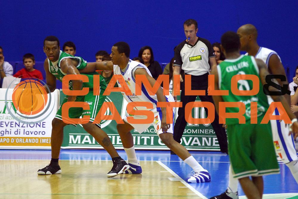 DESCRIZIONE : Capo d'Orlando Lega A1 2007-08 Pierrel Capo d'Orlando Benetton Treviso<br /> GIOCATORE : Mario Austin<br /> SQUADRA : Benetton Treviso<br /> EVENTO : Campionato Lega A1 2007-2008 <br /> GARA : Pierrel Capo d'Orlando Benetton Treviso<br /> DATA : 14/10/2007 <br /> CATEGORIA : Palleggio<br /> SPORT : Pallacanestro <br /> AUTORE : Agenzia Ciamillo-Castoria/J.Pappalardo