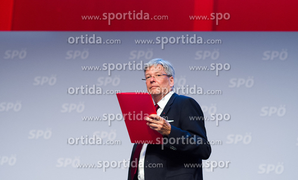 "25.06.2016, Messe, Wien, AUT, SPÖ, Bundesparteitag unter dem Motto ""Österreich begeistern"". im Bild Landeshauptmann Kärnten Peter Kaiser // during political convention of the austrian social democratic party at austrian parliament in Vienna, Austria on 2016/06/25. EXPA Pictures © 2016, PhotoCredit: EXPA/ Michael Gruber"