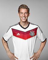 FUSSBALL   PORTRAIT TERMIN DEUTSCHE NATIONALMANNSCHAFT 24.05.2014 Erik Durm (Deutschland)