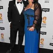 NLD/Hilversum//20140318 - Inloop Buma Awards 2014, George Baker en partner Blanche