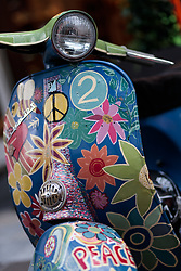 17.06.2017, Stadtplatz, Zell am See, AUT, Vespa Alp Days, im Bild Detailansicht einer Vespa // Detail of a Vespa during the annual Vespa Alp Days at the Marketplace, Zell am See, Austria on 2017/06/17. EXPA Pictures © 2017, PhotoCredit: EXPA/ JFK