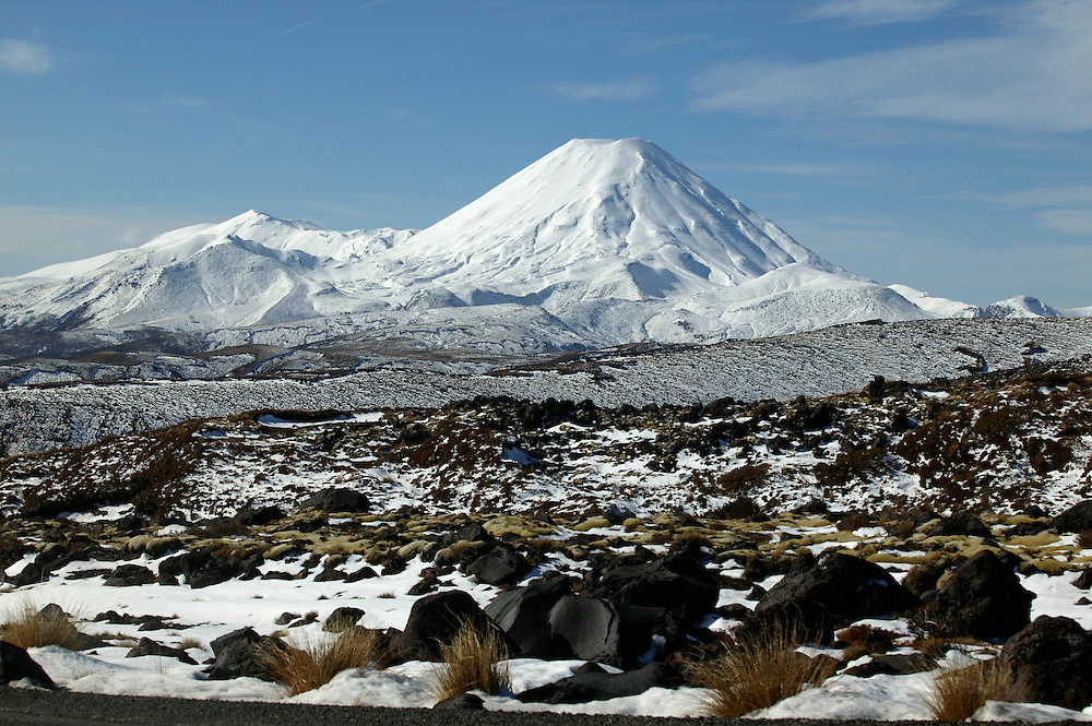 A winter mantle over the Tongariro National Park including the volcanic cone of Mt Ngauruhoe, New Zealand, August 18, 2006. Credit:SNPA / Rob Tucker