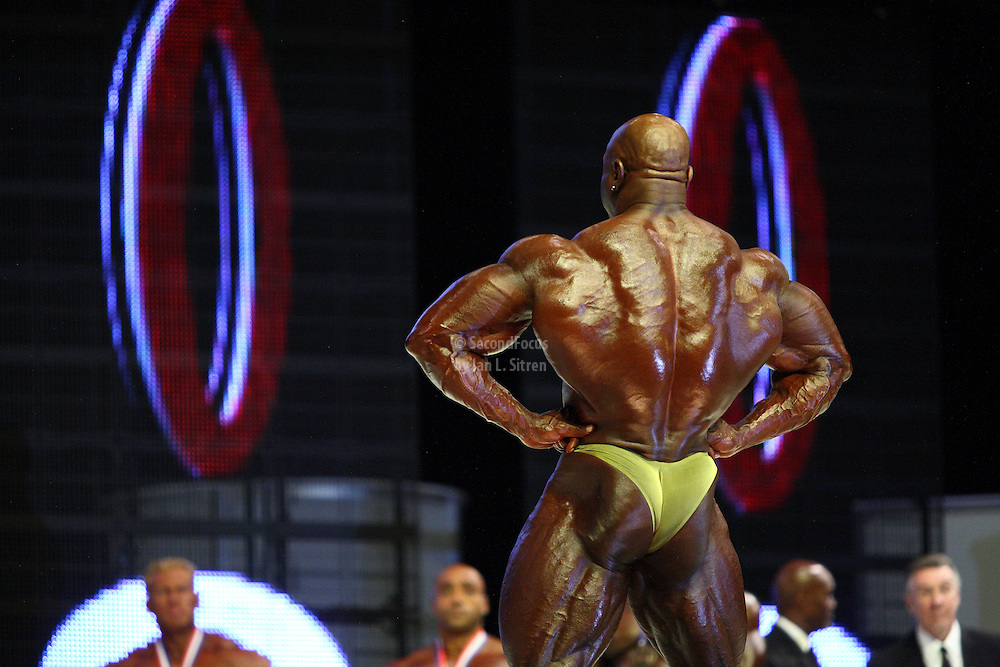 Toney Freeman on stage at the finals for the 2009 Mr. Olympia competition in Las Vegas.