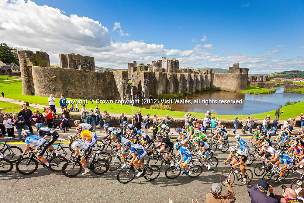 Peloton passing Castle<br /> Tour of Britain<br /> Caerphilly<br /> South<br /> Sports<br /> Events