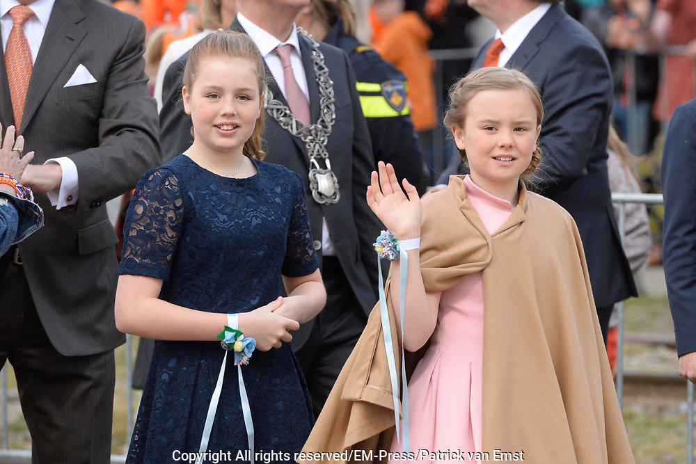 Koningsdag 2017 in Tilburg / Kingsday 2017 in Tilburg<br /> <br /> Op de foto / On the photo:  Prinses Alexia en Prinses Ariane / Princess Ariane and Princess Alexia