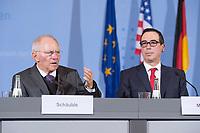 16 MAR 2017, BERLIN/GERMANY:<br /> Wolfgang Schaeuble (L), CDU, Bundesfinanzminister, und Steven Terner &quot;Steve&quot; Mnuchin (R), Fianzminister der Vereinigten Staaten von Amerika, USA, waehrend einer Pressekonferenz nach einem gemeinsamen Treffen, Bundesministerium der Finanzen<br /> IMAGE: 20170316-03-007<br /> KEYWORDS: Wolfgang Sch&auml;uble, Steve Mnuchin, Treasury secretary