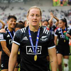 Kelly Brazier of New Zealand celebrates the victory after the Final women match between New zealand and Australia at the HSBC Paris Sevens, stage of the Rugby Sevens World Series at Stade Jean Bouin on June 10, 2018 in Paris, France. (Photo by Sandra Ruhaut/Icon Sport)