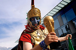09-06-2008 VOETBAL: EURO 2008 SUPPORTERS: BERN <br /> Duizenden supporters van Italie en Oranje zijn afgereisd naar Bern<br /> ©2008-WWW.FOTOHOOGENDOORN.NL