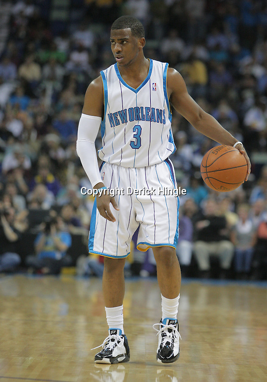 16 March 2009: New Orleans Hornets guard Chris Paul (3) handles the ball during a 95-84 loss by the New Orleans Hornets to the Houston Rockets at the New Orleans Arena in New Orleans, Louisiana.