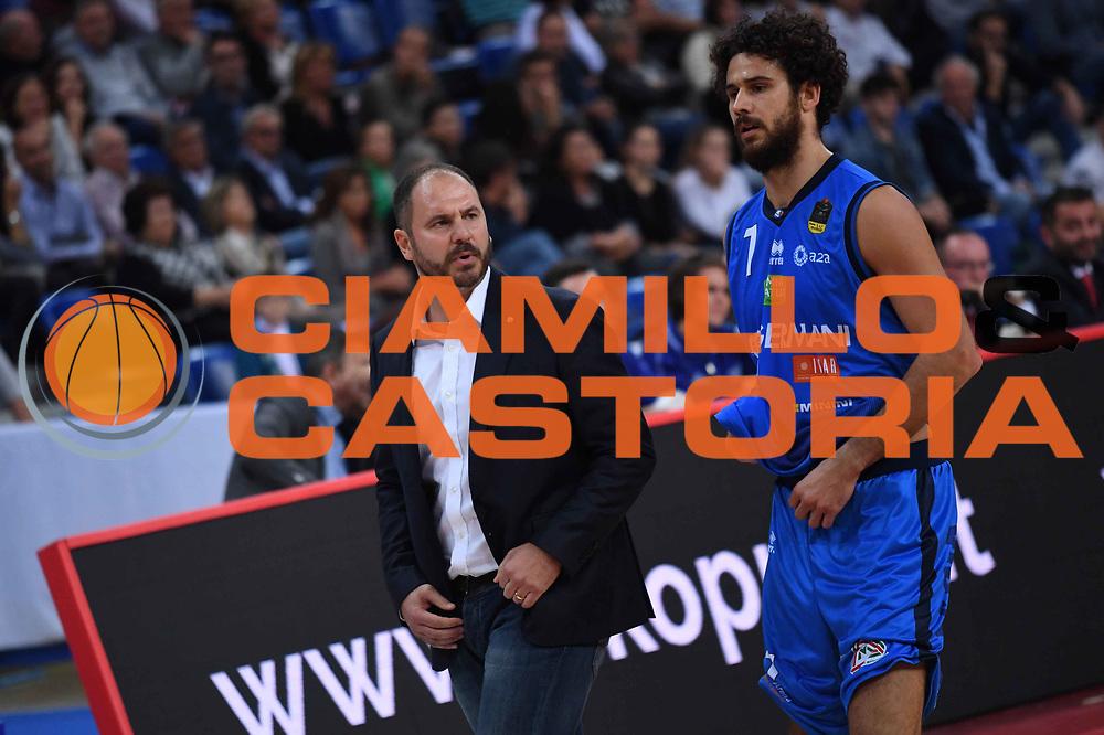 Andrea Diana, Luca Vitali<br /> VL Pesaro - Germani Leonessa Basket Brescia<br /> Lega Basket Serie A 2017/2018<br /> Pesaro, 01/10/2017<br /> Foto M.Ceretti / Ciamillo - Castoria