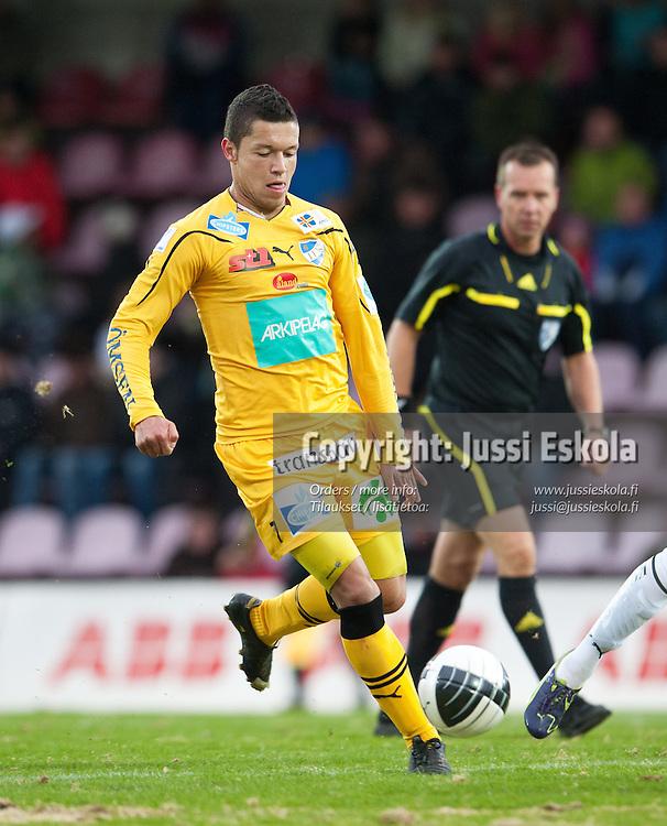 Hendrik Helmke. MyPa - IFK Mariehamn. Veikkausliiga. Anjalankoski 2.5.2011. Photo: Jussi Eskola