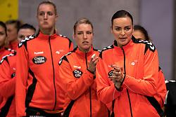 27-09-2017 NED: EK kwalificatie Nederland - Wit Rusland, Eindhoven<br /> De Nederlandse handbalsters hebben de eerste kwalificatiewedstrijd voor het EK 2018 gewonnen. Wit-Rusland werd in Eindhoven met 33-21 aan de kant gezet. <br /> Yvette Broch #13