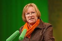 07 DEC 2002, BERLIN/GERMANY:<br /> Irmingard Schewe-Gerigk, MdB, Buendnis 90 / Die Gruenen Bundesdelegiertenkonferenz, Congress Centrum Hannover<br /> IMAGE: 20021207-01-060<br /> KEYWORDS: Green Party, party congress, Bündnis 90 / Die Grünen, Parteitag