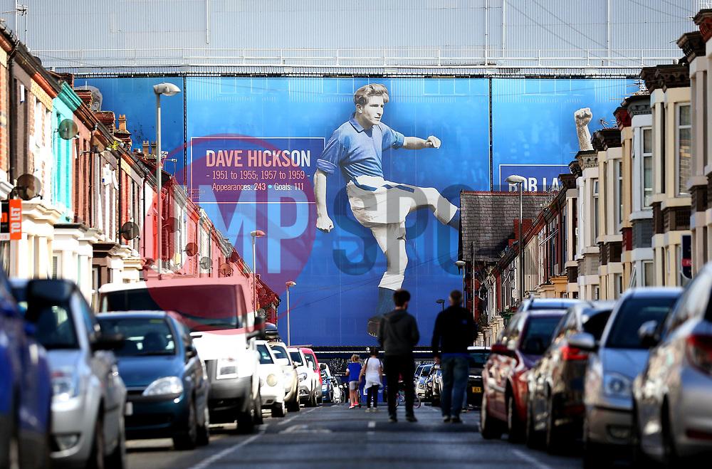 Fans start to arrive at Goodison Park, home of Everton for the game against Tottenham Hotspur - Mandatory by-line: Robbie Stephenson/JMP - 09/09/2017 - FOOTBALL - Goodison Park - Liverpool, England - Everton v Tottenham Hotspur - Premier League