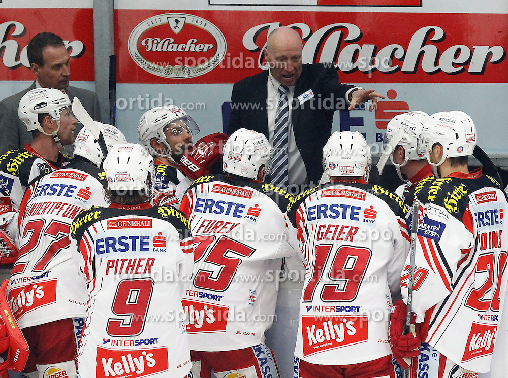 18.01.2015, Stadthalle, Villach, AUT, EBEL, EC VSV vs EC KAC, 40. Runde, im Bild Doug Mason (KAC Trainer) // during the Erste Bank Icehockey League 40th round match between EC VSV vs EC KAC at the City Hall in Villach, Austria on 2015/01/18, EXPA Pictures © 2015, PhotoCredit: EXPA/ Oskar Hoeher