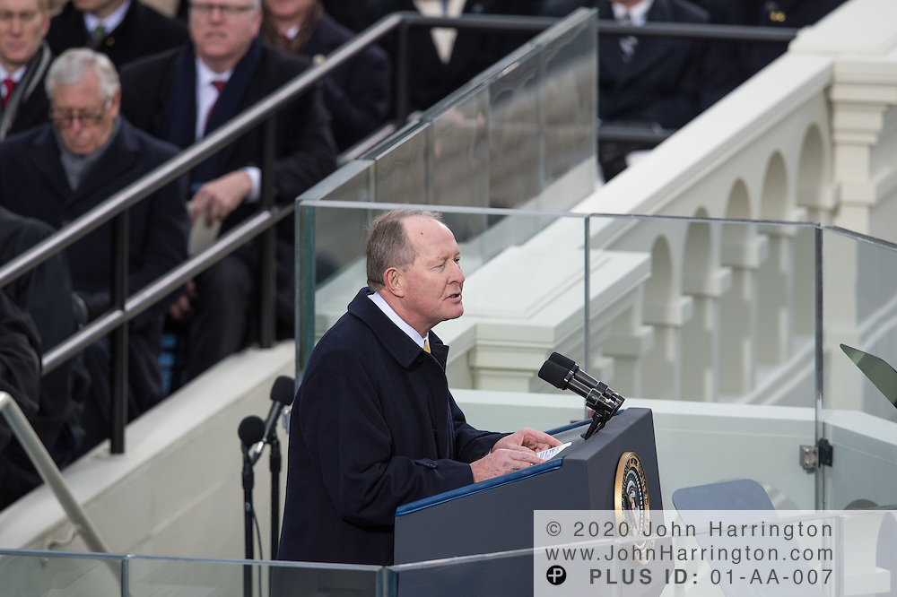 Sen. Lamar Alexander addresses the 57th Presidential Inauguration of President Barack Obama at the U.S. Capitol Building in Washington, DC January 21, 2013.