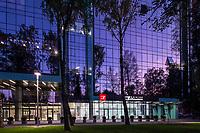 Вечерняя фотосъемка фасада клиники Заблоцкого, г. Львов.
