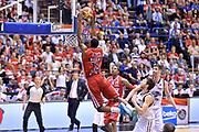 DESCRIZIONE : Milano Lega A 2014-15 EA7 Emporio Armani Milano vs Granarolo Bologna playoff Quarti di Finale gara 1 <br /> GIOCATORE : Frank Elegar<br /> CATEGORIA : Schiacciata sequenza<br /> SQUADRA : EA7 Emporio Armani Milano<br /> EVENTO : PlayOff Quarti di finale gara 1<br /> GARA : EA7 Emporio Armani Milano vs Granarolo Bologna gara1<br /> DATA : 18/05/2015 <br /> SPORT : Pallacanestro <br /> AUTORE : Agenzia Ciamillo-Castoria/Mancini Ivan<br /> Galleria : Lega Basket A 2014-2015 Fotonotizia : Milano Lega A 2014-15 EA7 Emporio Armani Milano vs Granarolo Bologna  playoff quarti di finale  gara 1 Predefinita :