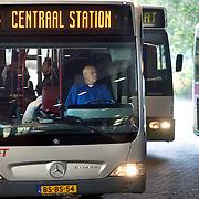 Nederland Rotterdam 20 mei 2008 20080520 Foto: David Rozing .Openbaar vervoer Rotterdam Rotterdam naar centraal station , Ret, bus chauffeur  .Public transportation Rotterdam to central station..Foto David Rozing